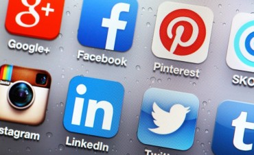Social Networking – A Discussion Between Your Chief executive officer And Also The CIO